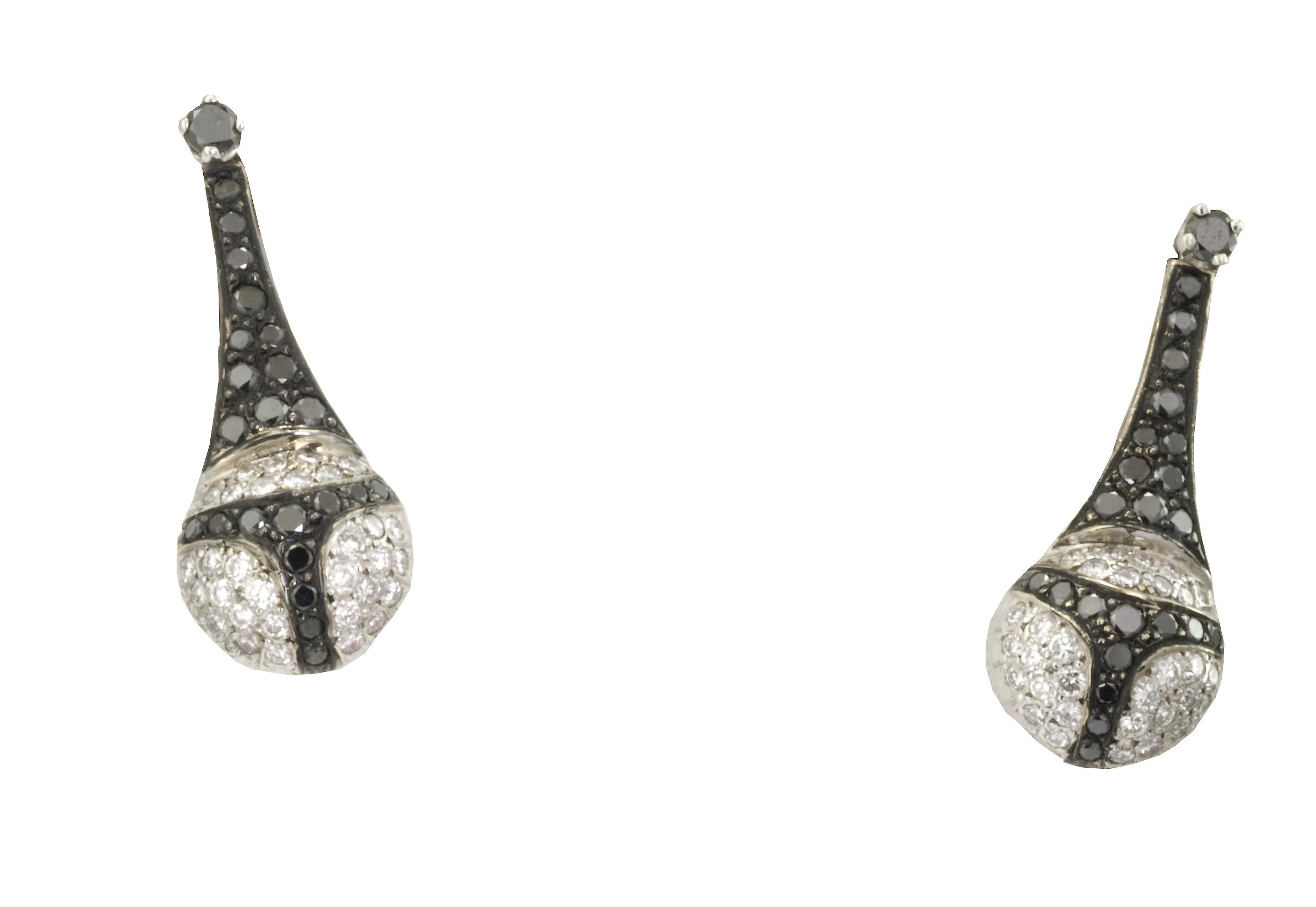 boucles d'oreilles-diamants noirs-diamants blancs-haute joaillerie-création Laurent SIKIRDJI