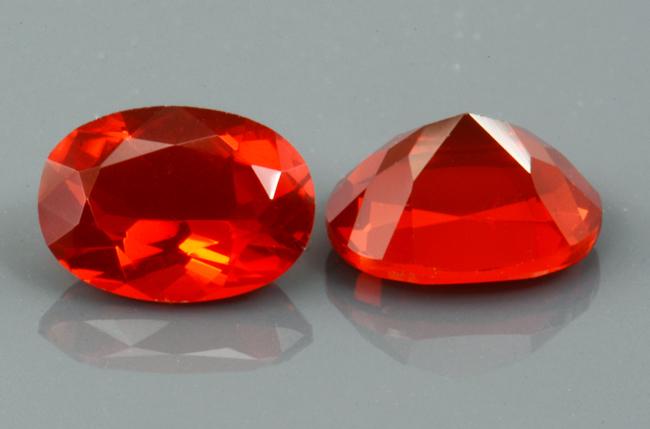Opale de feu 7x5mm