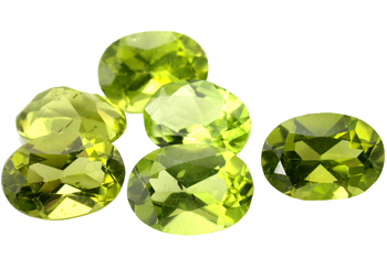 Péridot (olivine) calibré 0.87ct