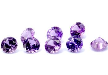 Saphir violet  (rond-calibré) 0.13ct