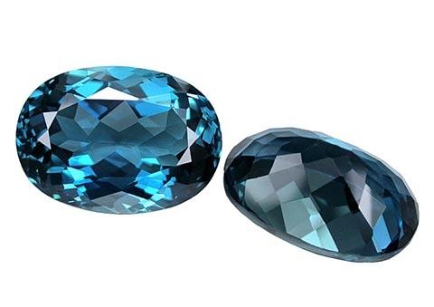 Topaze bleue London Blue calibrée 8ct (traitée)