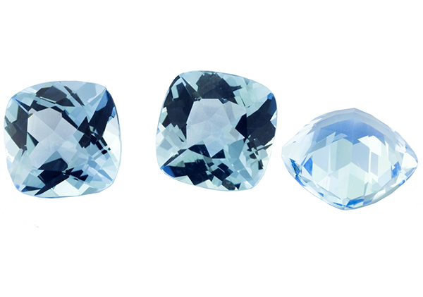 Topaze bleue Sky Blue calibrée 9.65ct (traitée)