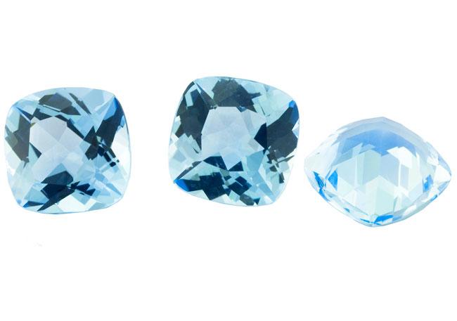 Topaze bleue Sky Blue calibrée 14.3ct (traitée)