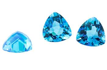 Topaze bleue Swiss Blue calibrée 0.95ct (traité)