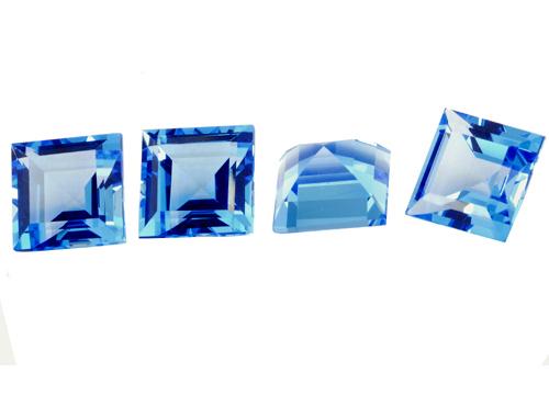 Topaze bleue Swiss Blue carrée 7mm (traitée)