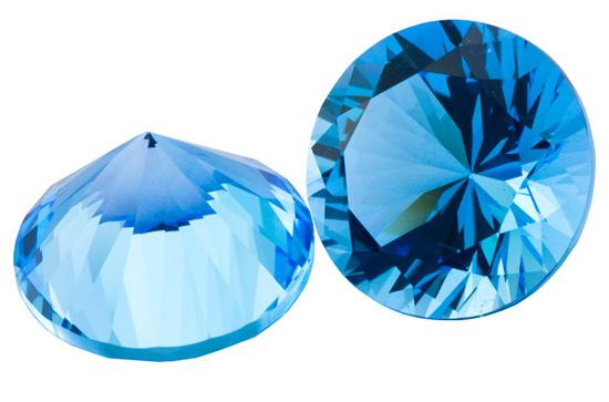 Topaze bleue Swiss Blue calibrée 8.07ct (traité)