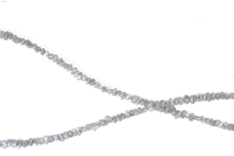Collier de diamants bruts