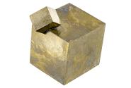 Cristal cubique de pyrite - macle
