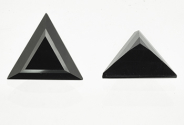Spinelle noir triangle 7mm