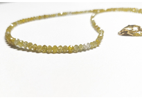 Collier de diamants jaunes