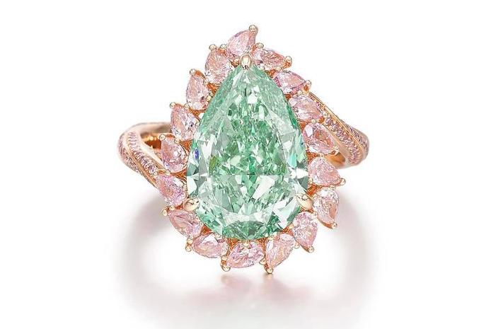 #green-diamond-#pink-diamonds-#$3,055,681-#Sotheby's-#2021-10-12