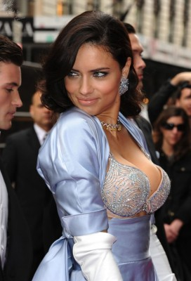 weared by the Brazilian model Adriana Lima