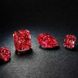 10 octobre 2014: des diamants rouges aux enchères