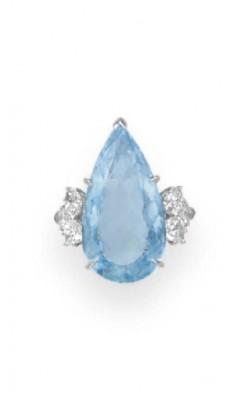 Bague avec Aigue Marine et diamants, HARRY WINSTON©