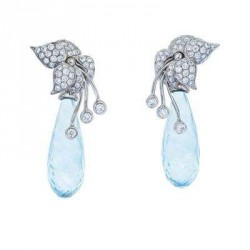Boucle d'oreille Sweetpea flower, or blanc 18K aigue marine, diamants, Katherine Jetter©