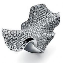 Bague Collection Haute couture or blanc, diamants blancs ©Pasquale Bruni