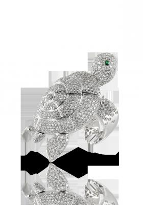 Bague collection Animalier, or blanc, émeraudes, diamants, ©Pasquale Bruni