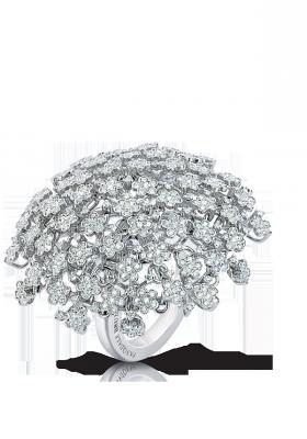 Bague collection Prato Fiorito, or blanc, diamants blancs ©Pasquale Bruni