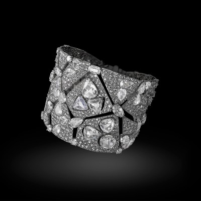 Bracelet Constellation, or blanc,diamants blancs, ©CARNET