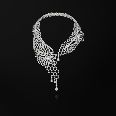Collection Couture Précieuse, collier inspiration  broderie, diamants, or blanc, ©PIAGET
