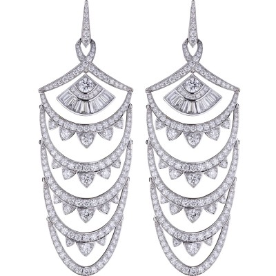 Collection Couture Voyage, boucle d'oreille New York, or blanc, diamants, ©Stephen Webster