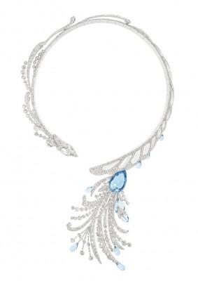 Collection Hotel de la Lumière, collier Paon de Lune, diamants, cristal de roche et Aigue-marine, ©BOUCHERON