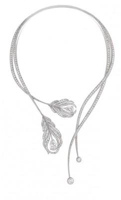 Collier plume, Collection de Haute Joaillerie, diamants et or blanc, ©Chanel