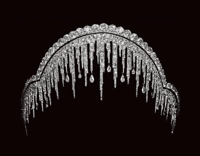 Couronne Stalactite, en  or platine diamants, ©Chaumet