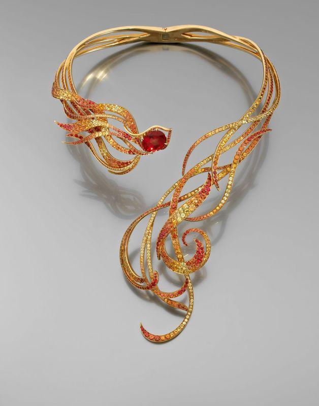 Collier Phoenix, andésines, saphirs, or jaune, Laurenz Baumer - Lorenz Baumer Phoenix necklace, sapphires, yellow gold, andesine
