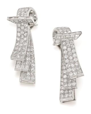 #BOUCHERON #Art Deco #Diamond #Platinum #Gold #Clips #Diamant #Or #Platine #Circa 1920