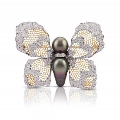 #BUCELLATI #ButterflyBrooch #Pearls #Diamonds