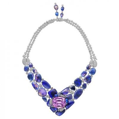 CARTIER #HemisNecklace #opals #kunzite #diamonds