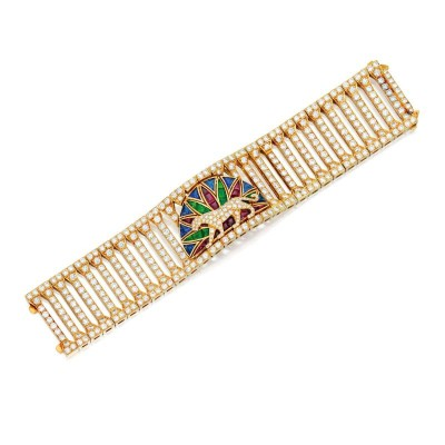 #CARTIER #bracelet #panthère #saphirs #sapphires #rubis #rubies #saphirs #sapphires #émeraudes #emeralds