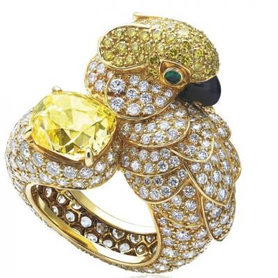 CARTIER-yellow diamond-diamonds-emeralds-diamant jaune-diamants-émeraudes