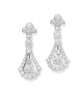 #GRAFF #diamonds #pendant #earrings
