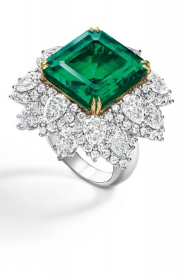 #HARRY WINSTON #diamonds #Emerald_1