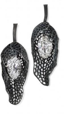#HEMMERLE #Earrings #Diamonds #silver #white gold #FineJewelry #HighJewellery #HauteJoaillerie #Diamond