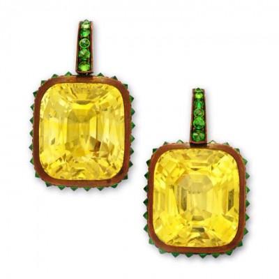 HEMMERLE-earrings-yellow sapphire-green garnets