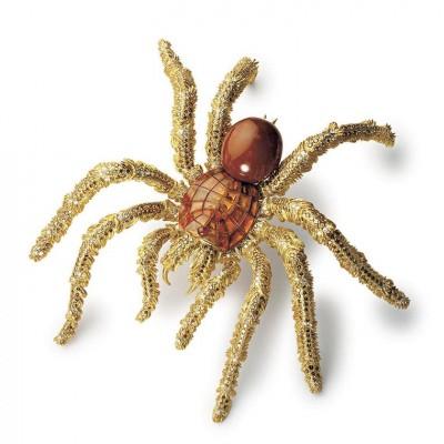 HEMMERLE-tarantula-brooch-brwn-conch-pearl-diamonds