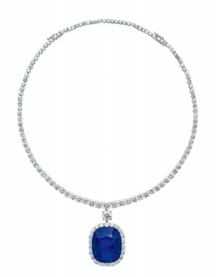 HIGHLY IMPORTANT 124.10 CARAT BURMESE 'ROYAL BLUE' SAPPHIRE AND DIAMOND NECKLACE, BY HARRY WINSTON SOLD $3,161,898 Poly international auction Beijing 19-10-2020