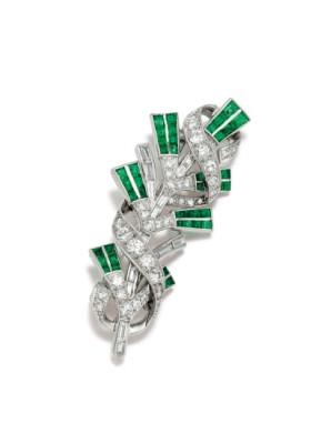 #TIFFANY #Diamond #Emerald #Platinum #Brooch #Circa 1920