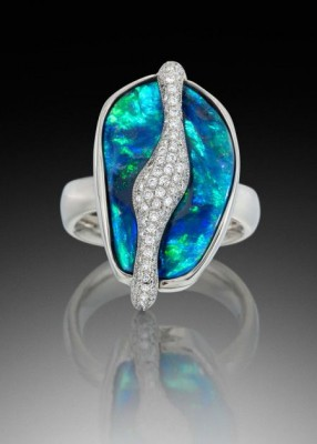 Adam NEELEY-Bague Fire and Ice ring-Opale boulder-diamantopal-diamond