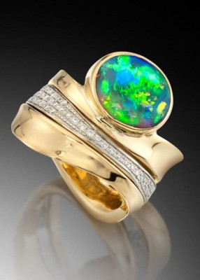 Adam NEELEY-Bague Northern Lights-opale noire-diamants-black opal-diamonds