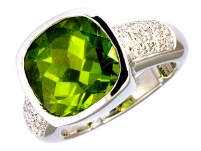 SIKIRDJI Laurent-bague-Peridot Myanmar-diamants
