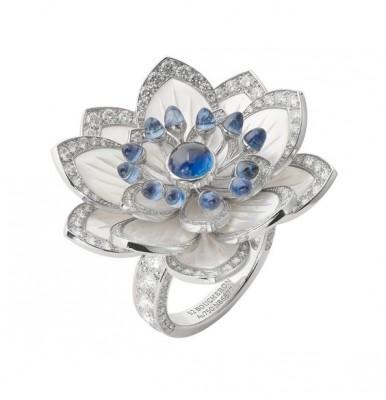 BOUCHERON-nacre-saphirs-diamants
