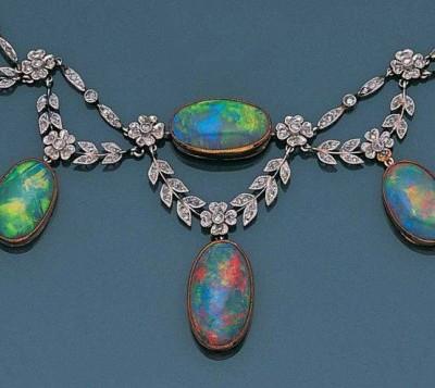 #BelleEpoque #Opal #Diamond #Necklace #Circa 1900