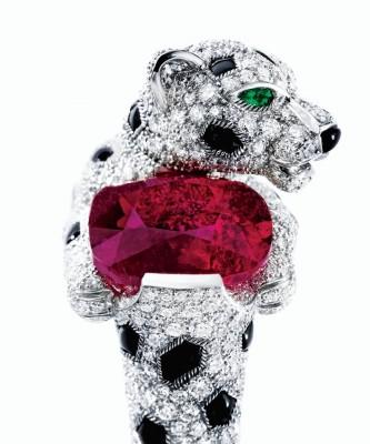 CARTIER-rubis birman-émeraudes-onyx-diamants