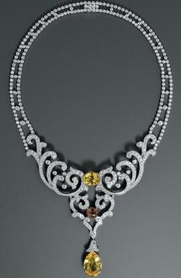 CARTIER-Collier-diamants-saphirs