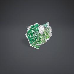 DIOR-collection Archi-bague ailée-diamant-or blanc-émeraudes-grenats tsavorite-démantoides tourmalines vertes
