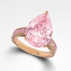 GRAAF-Bague avec un diamant rose central et un pavage de diamants rose,